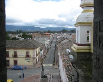 typical street in a rural Ecuadorian town